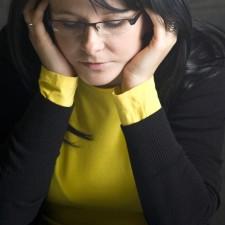 Zajímalo by vás, na jaké dávky má nárok rozvedená matka s dětmi? Může matka s dětmi po rozvodu získat něco navíc, aby mohla začít nový život?