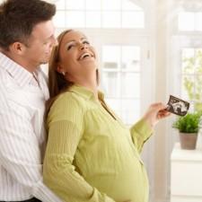 Abyste měli nárok na porodné, musí být splněna podmínka, že vaše příjmy (resp. příjmy rodiny) jsou nižší než určená hranice.
