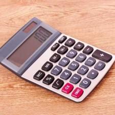 Spočítejte si v naší online kalkulačce, kolik by mělo být vaše životní minimum v roce 2016
