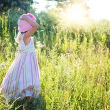 Kalkulačka: Kdo má nárok na přídavky na dítě v roce 2020?