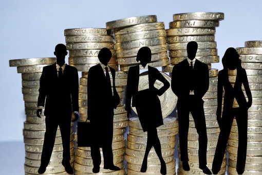 Hodila by se vám okamžitá půjčka do 20 000 Kč? Potřebujete sehnat peníze ještě dnes? Pak zde pro vás máme půjčku, kde můžete dostat finanční prostředky ihned. U první půjčky to navíc máte kompletně zdarma. Bez placení poplatků nebo úroků. Vracíte jen to, co jste si půjčili.