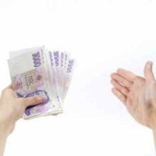 Potřebujete rychle získat peníze? Nyní je zde k dispozici výhodná akční nabídka půjčky v hotovosti. Můžete dostat 10 000 Kč, hotově na ruku, s úrokem 0%. Platíte jen minimální poplatky. Tato půjčka vás skoro nic nestojí!